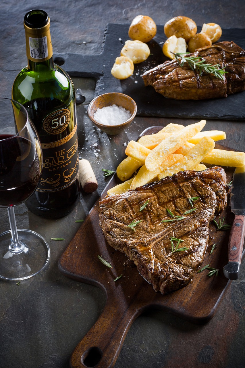 You are currently viewing Steak and wine pairing The Hussar Grill way.
